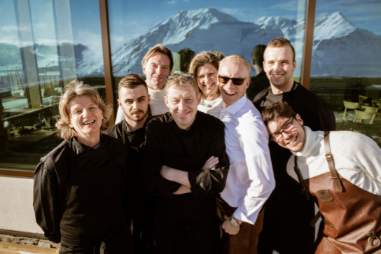 Das Team des Bergrestaurants Gütsch Andermatt