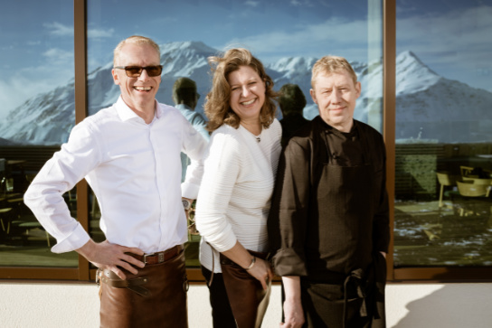 Die Chefs des Bergrestaurants Gütsch Andermatt